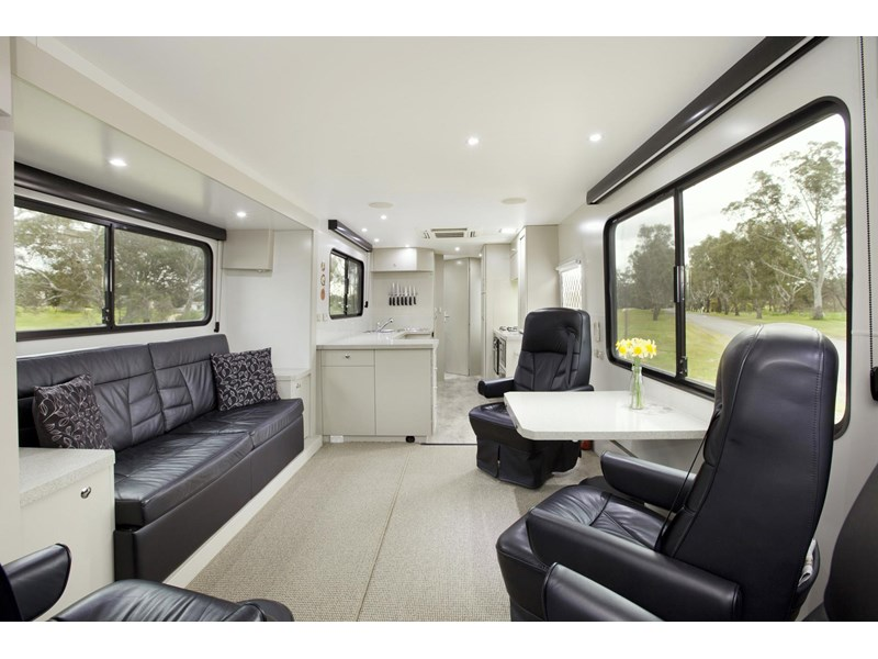 man majestic motorhomes 'ultimate' 339370 001