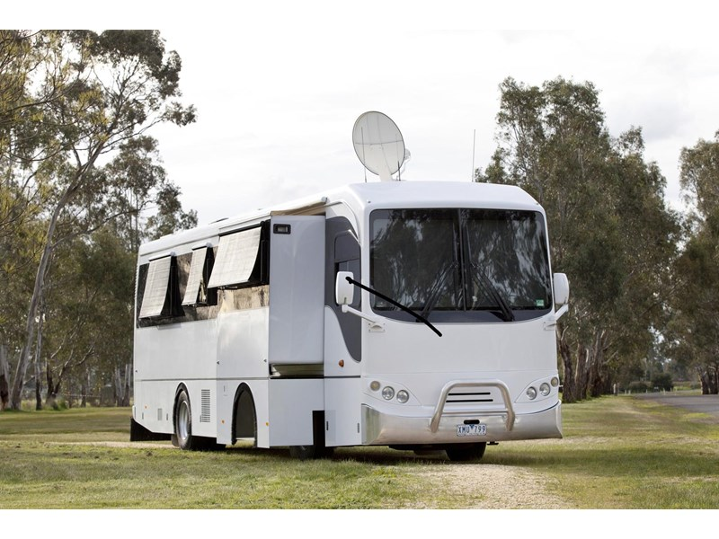 man majestic motorhomes 'ultimate' 339370 003
