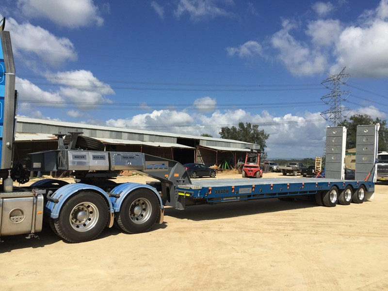 australian made transtech tri axle low loader 428730 003