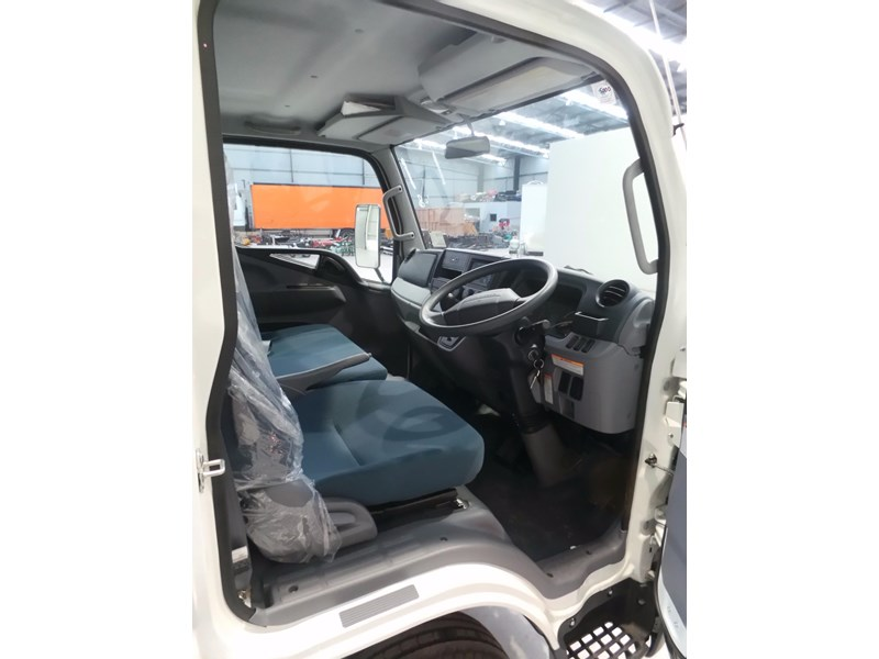 fuso canter 515 city cab 379311 035