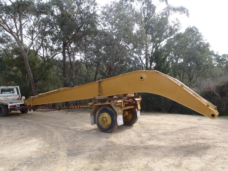 caterpillar long reach boom suit 30 tonner 429135 003