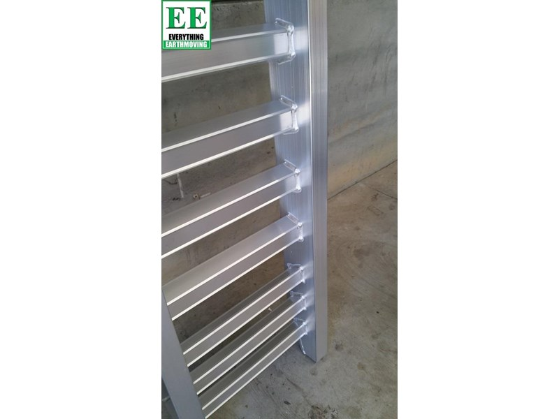 sureweld climaxx ramps  the ultimate aluminium loading ramps 429320 015
