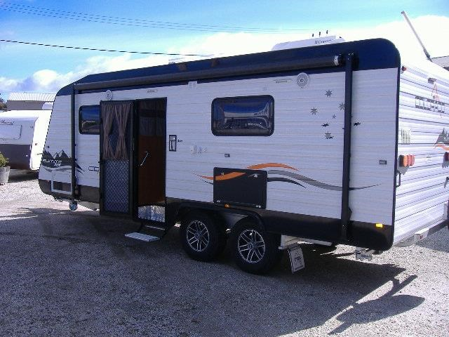 colorado caravans summit full ensuite, single beds 429575 002