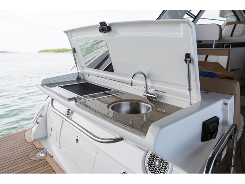 sea ray sundancer 350 coupe 429768 009