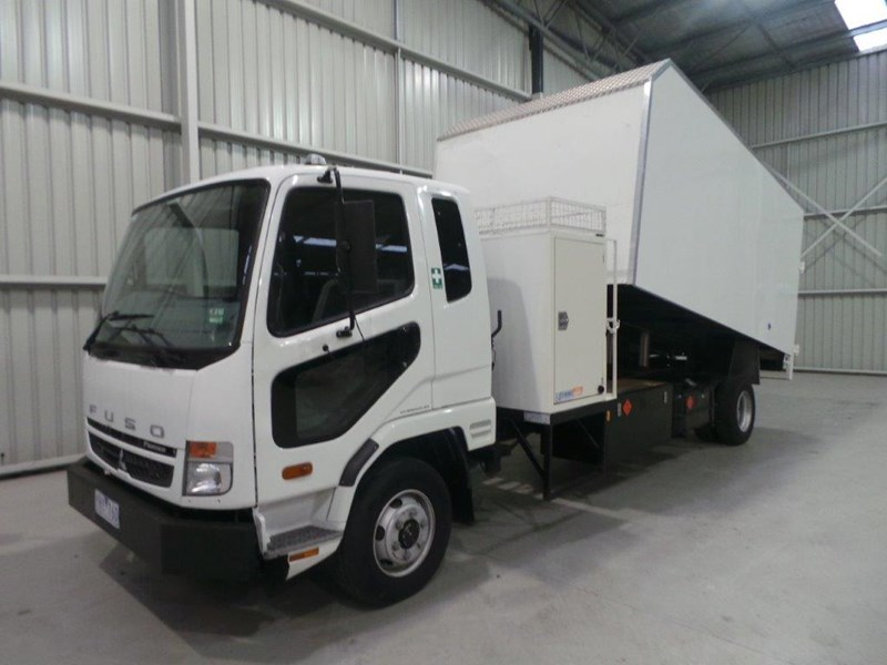 fuso fighter 430255 002