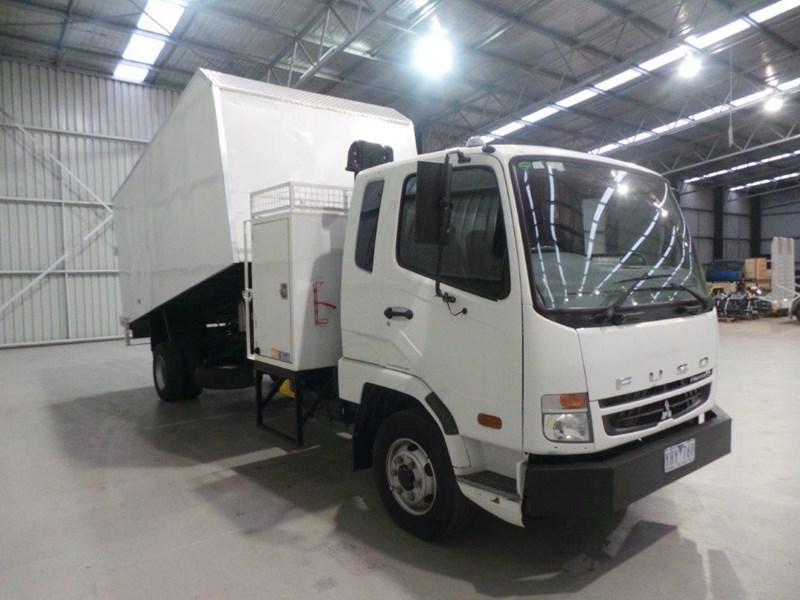 fuso fighter 430255 007