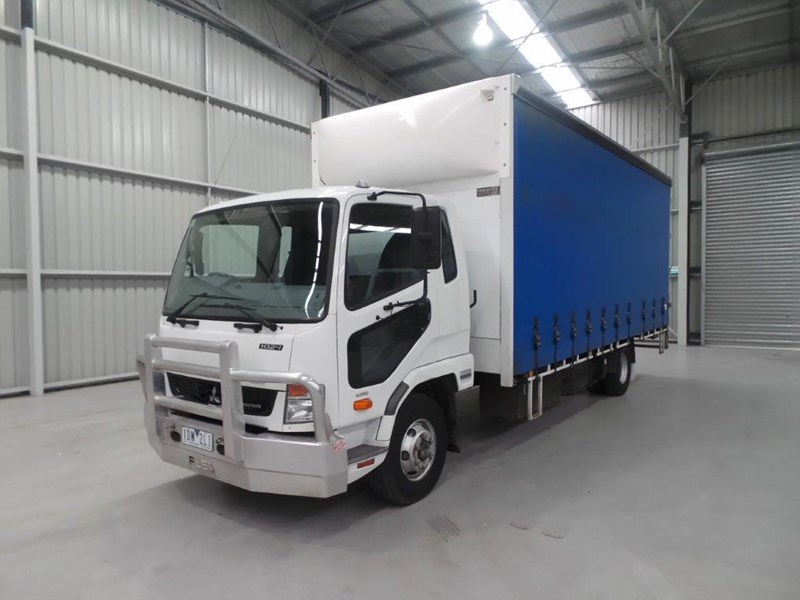fuso fighter 1024 430313 002