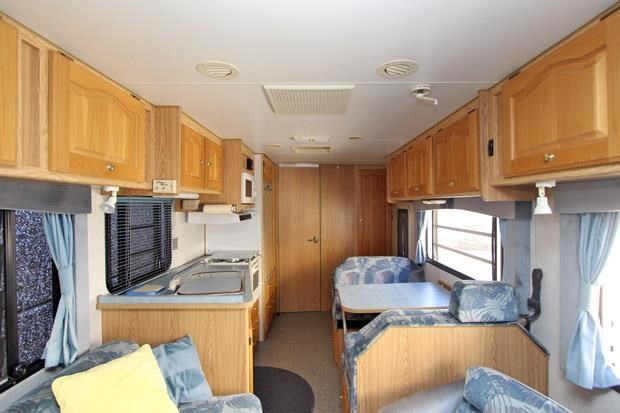 winnebago (avida) alpine 431004 002