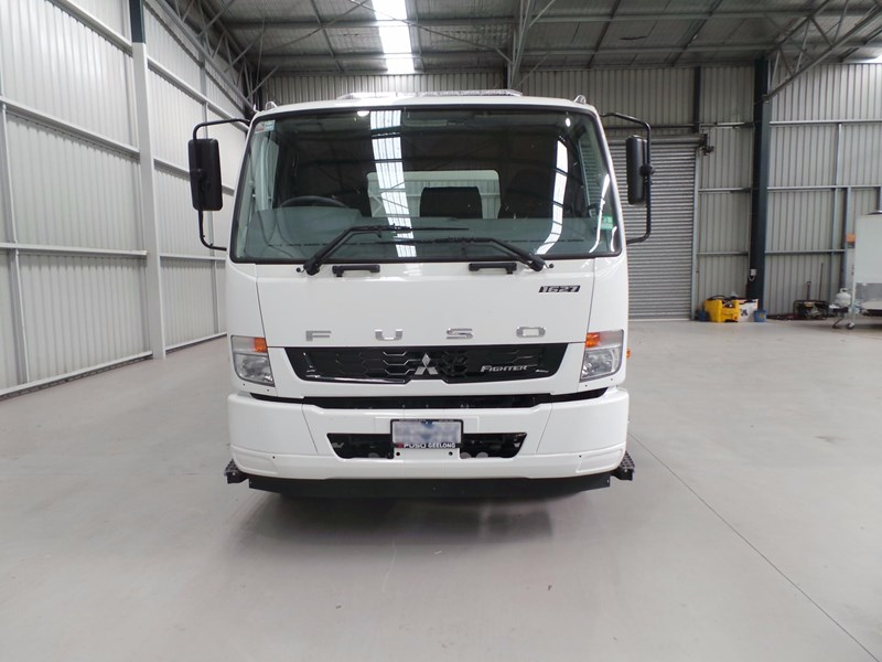 fuso fighter 1627 430849 009