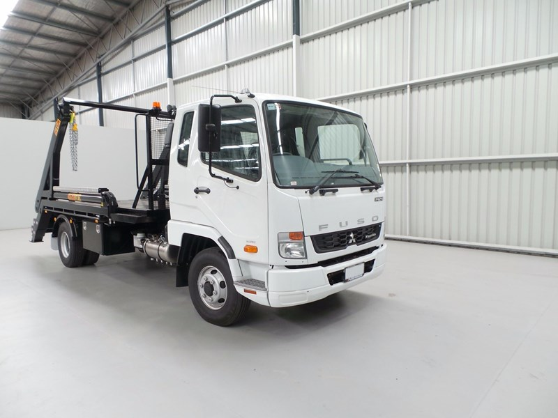 fuso fighter 1424 430907 008