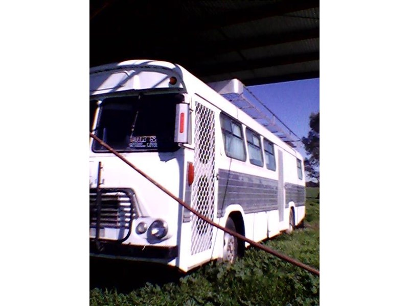bedford campervan 432051 002