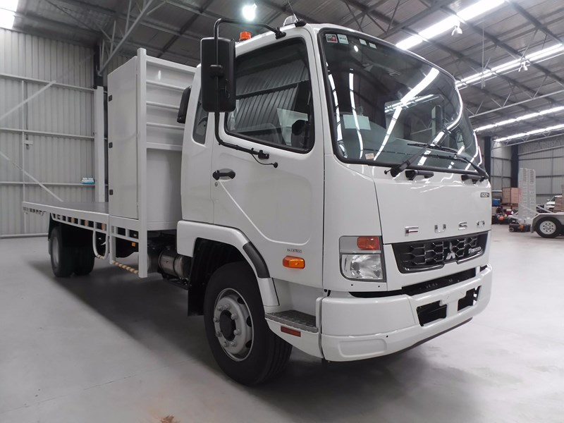 fuso fighter 1424 432132 006