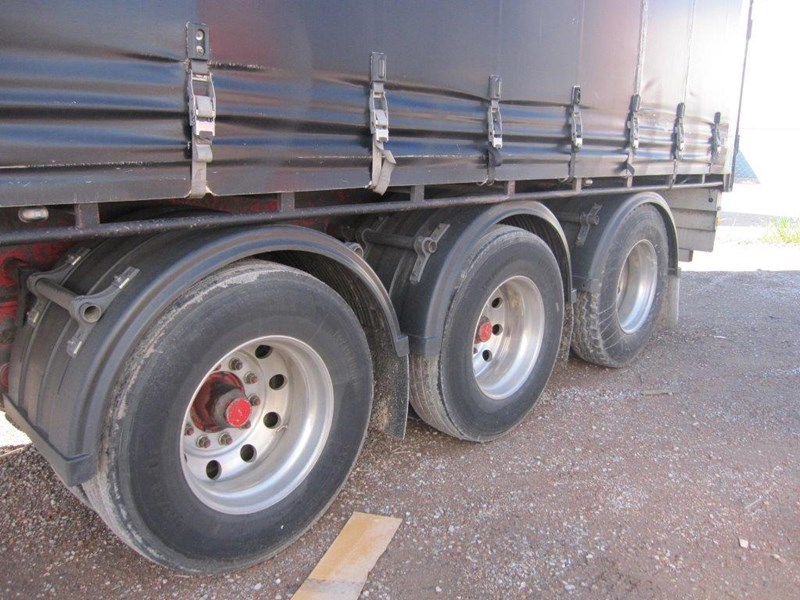 southern cross 34 pallet b double kurtainsider 433354 008