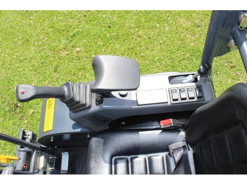 carter ct16 mini excavator with trailer 433547 041