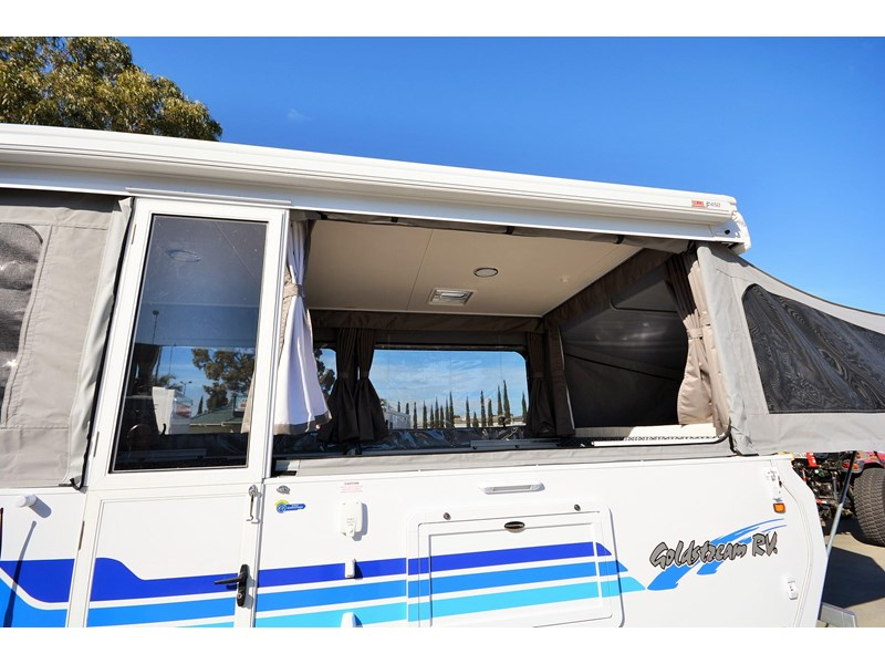 goldstream rv sandvan / sundowner 412004 002