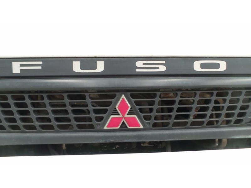 fuso canter 425808 026