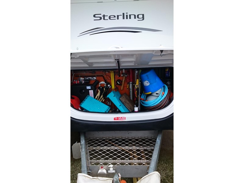 jayco sterling outback 434253 003