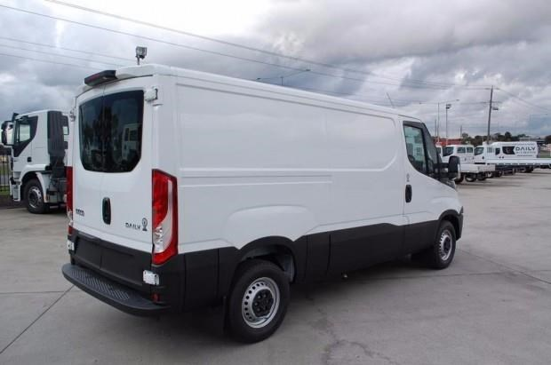 iveco daily 35s13 414623 007