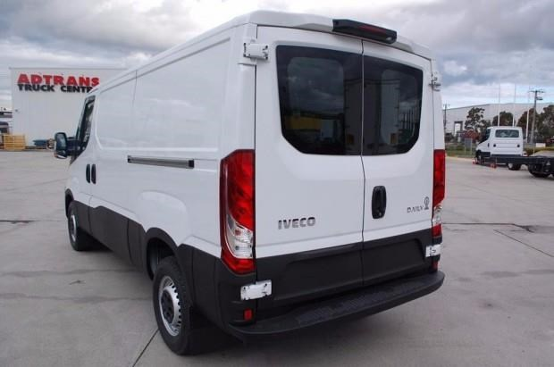 iveco daily 35s13 414623 008