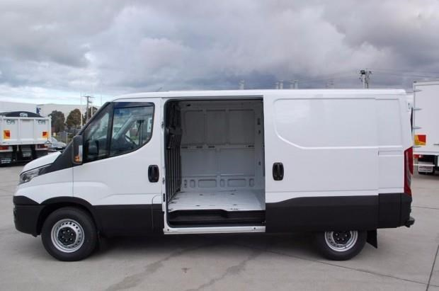 iveco daily 35s13 414623 013