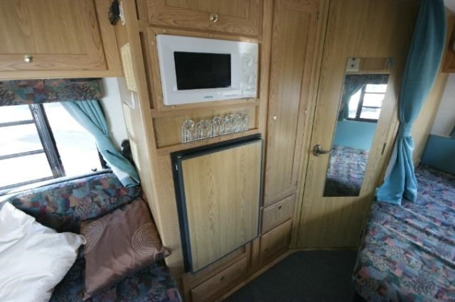 winnebago (avida) leisure seeker 422486 013