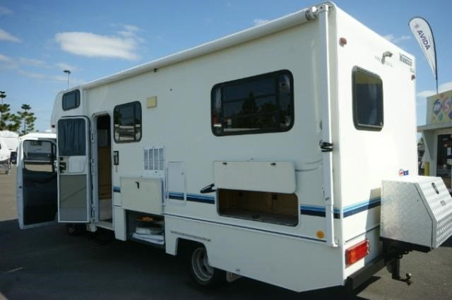 winnebago (avida) leisure seeker 422486 002