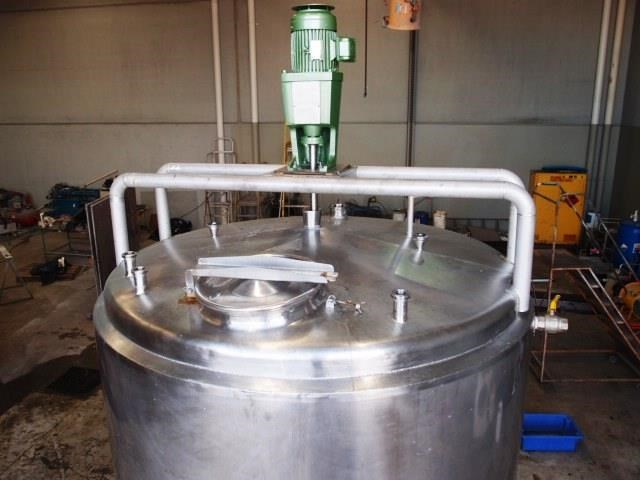 stainless steel jacketed mixing tank 6,500lt 430161 002
