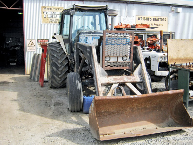 FORD 8401 TRACTOR WRECKING PARTS ONLY for sale