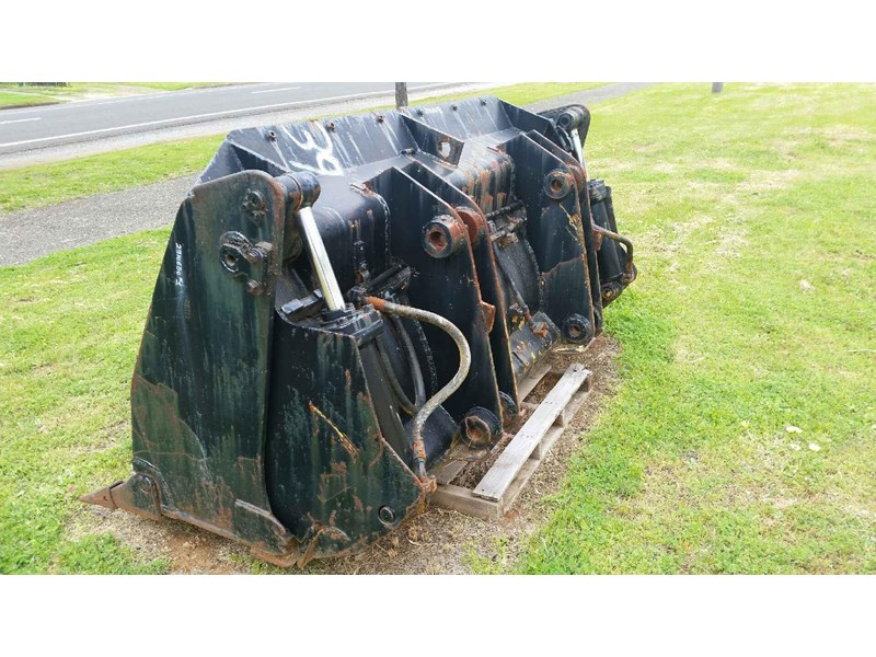 bucket 4-in-1 loader 434847 002
