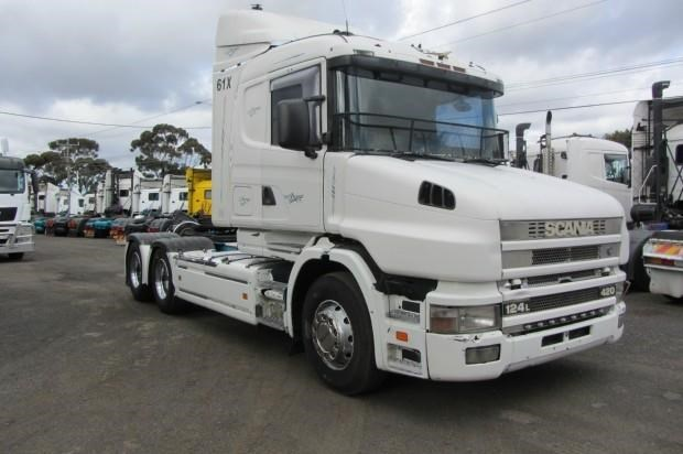 scania t124g 435320 001