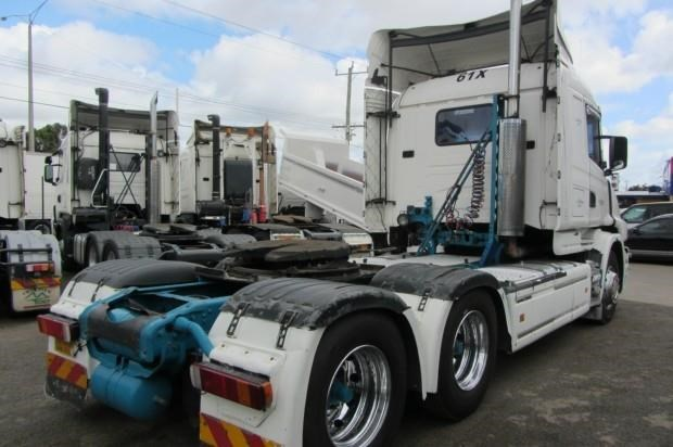 scania t124g 435320 009