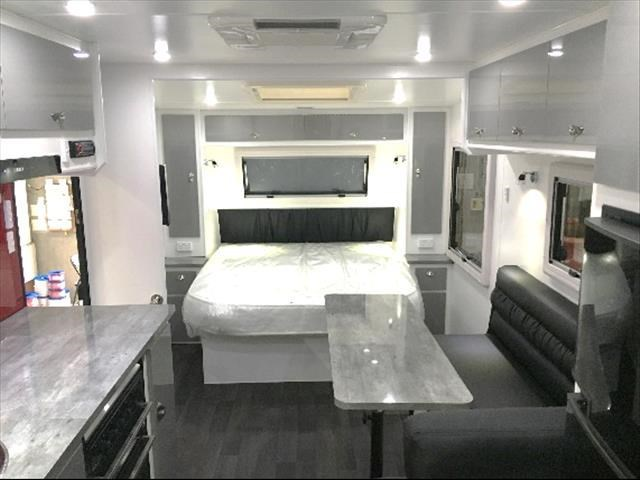 masterpiece caravans performance 22ft family van 435470 003