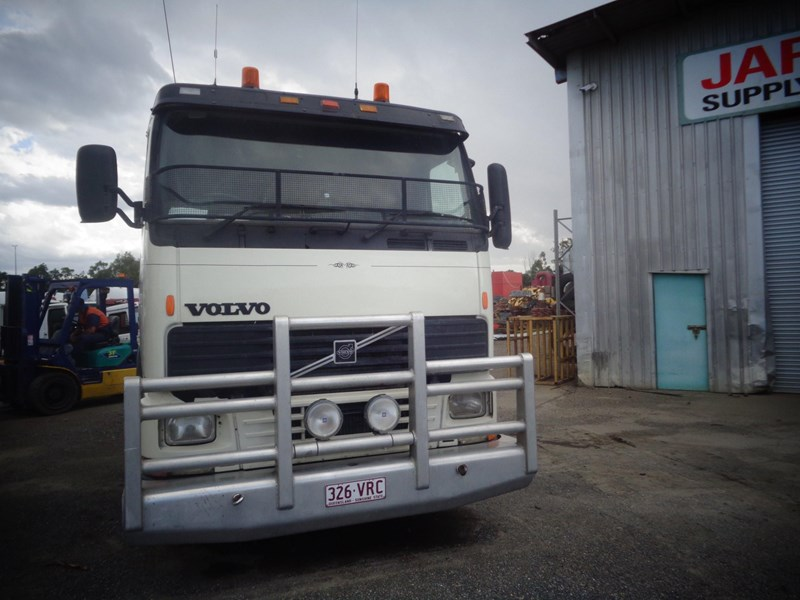 volvo fh12 435658 002