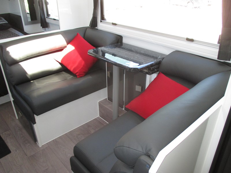 traveller 20' predator off road caravan...sold... 435878 008