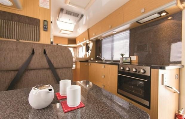 winnebago (apollo) cottesloe 411797 006