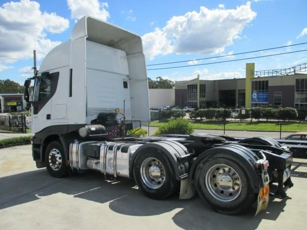 iveco stralis as-l 425700 002