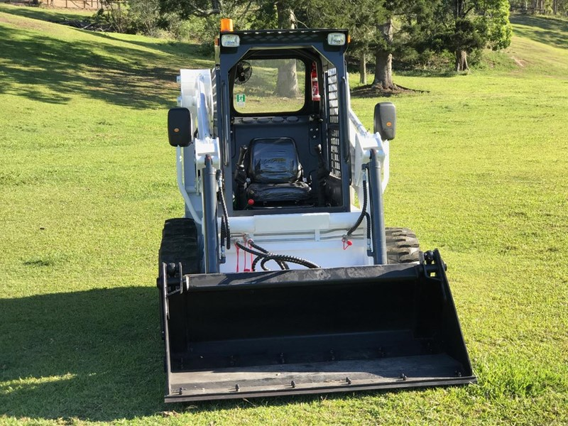 wecan skid steer loader with 4 in 1 bucket 436478 001