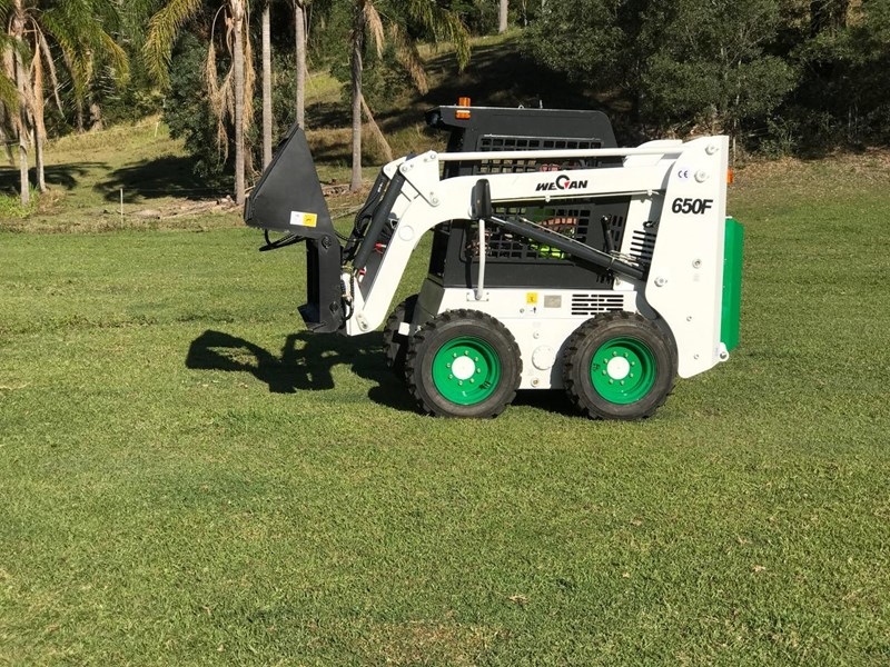 wecan skid steer 650f with 4 in 1 436516 014