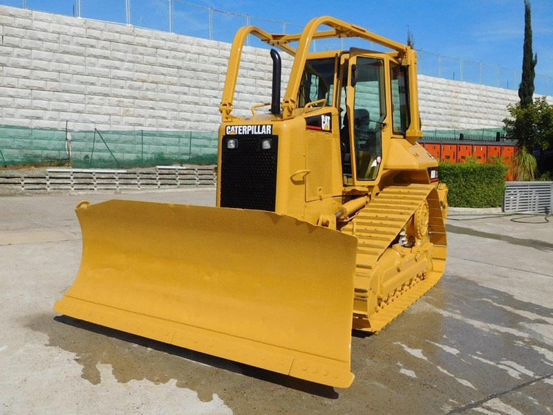 caterpillar #2217d cat d5 dozer d5n.xl bulldozer with ac cab & brush guard [low hours] [machdoz] 436684 004