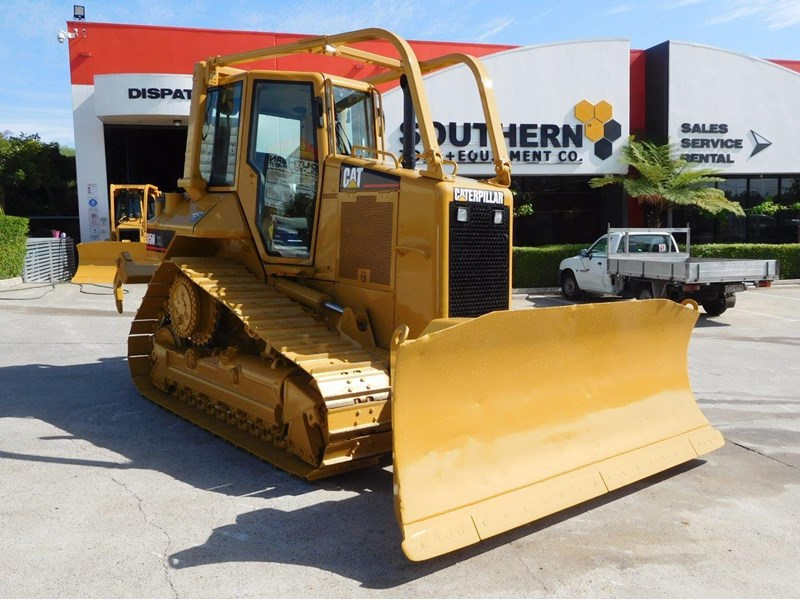 caterpillar #2217d cat d5 dozer d5n.xl bulldozer with ac cab & brush guard [low hours] [machdoz] 436684 005