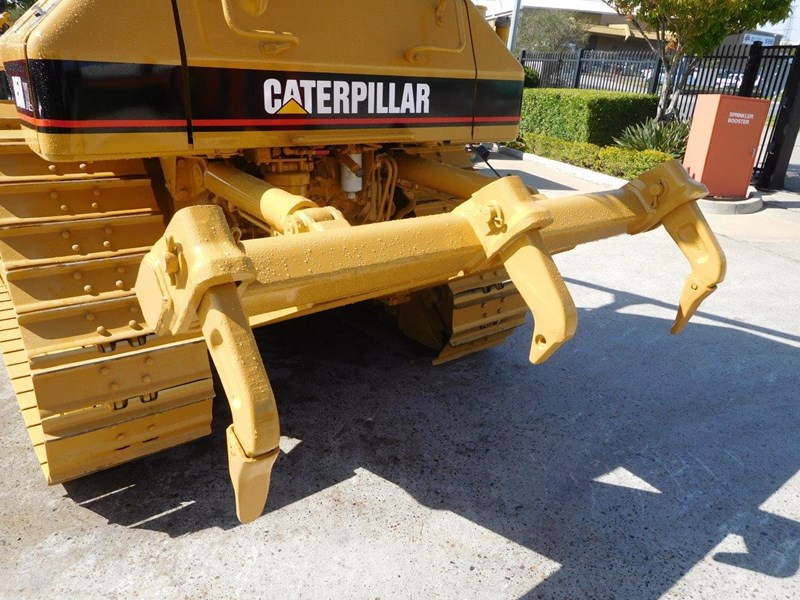caterpillar #2217d cat d5 dozer d5n.xl bulldozer with ac cab & brush guard [low hours] [machdoz] 436684 010