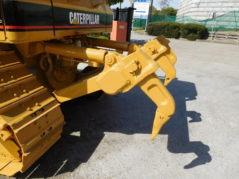 caterpillar #2217d cat d5 dozer d5n.xl bulldozer with ac cab & brush guard [low hours] [machdoz] 436684 011