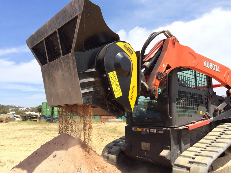 mb l-140 skid/loader crusher bucket by boss attachments 347350 008
