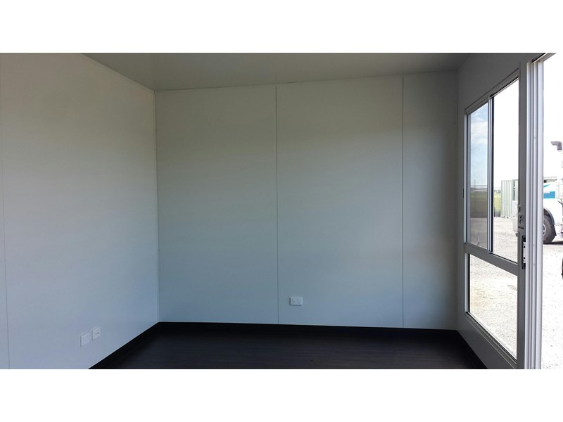 mcgregor 6.0m x 3.0m sales office 423889 003