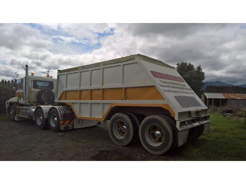 domett 2 axle bottom dumper 299053 003