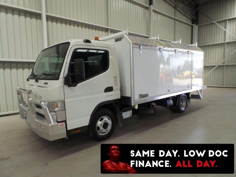 fuso canter 515 wide cab 381941 008