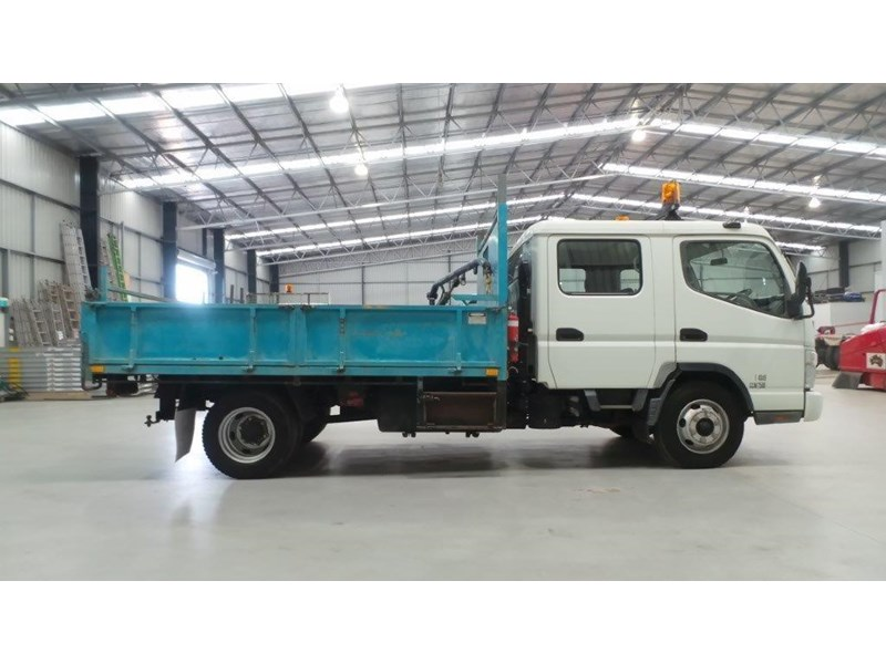 fuso canter 433685 006