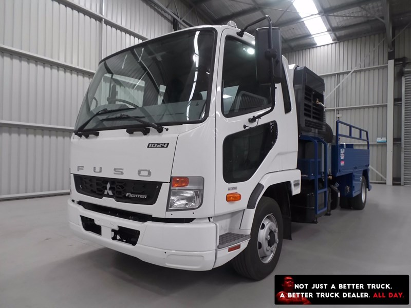 fuso fighter 1024 426328 001