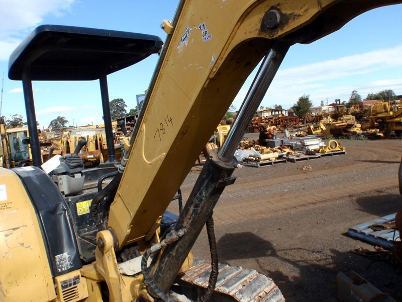 caterpillar 305d cr 435068 013