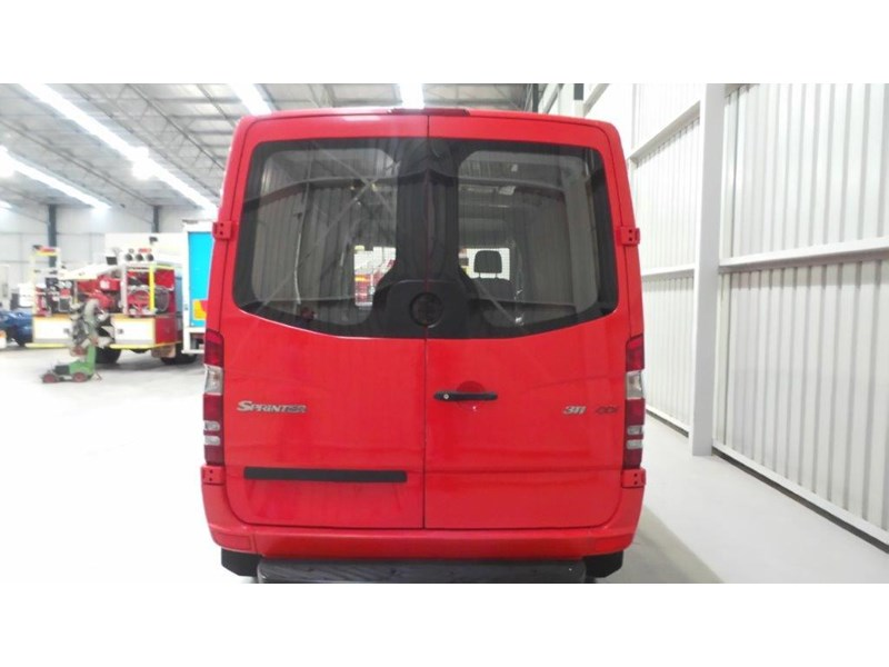 mercedes-benz sprinter 311 cdi 431943 004